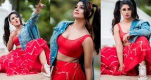 This is Mass Cool Pictures!  Malayalees take Iniya's latest photoshoot pictures