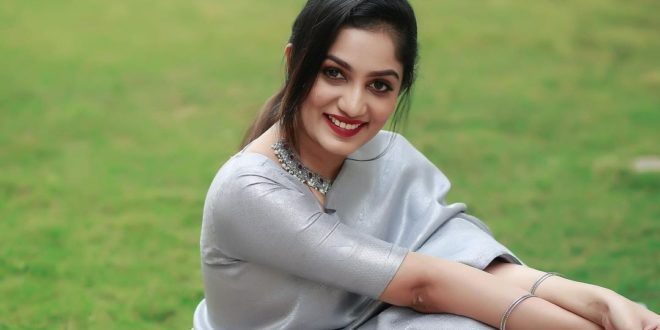 Arya at Badai Bungalow surprises fans with ultra glamorous bedroom photoshoot